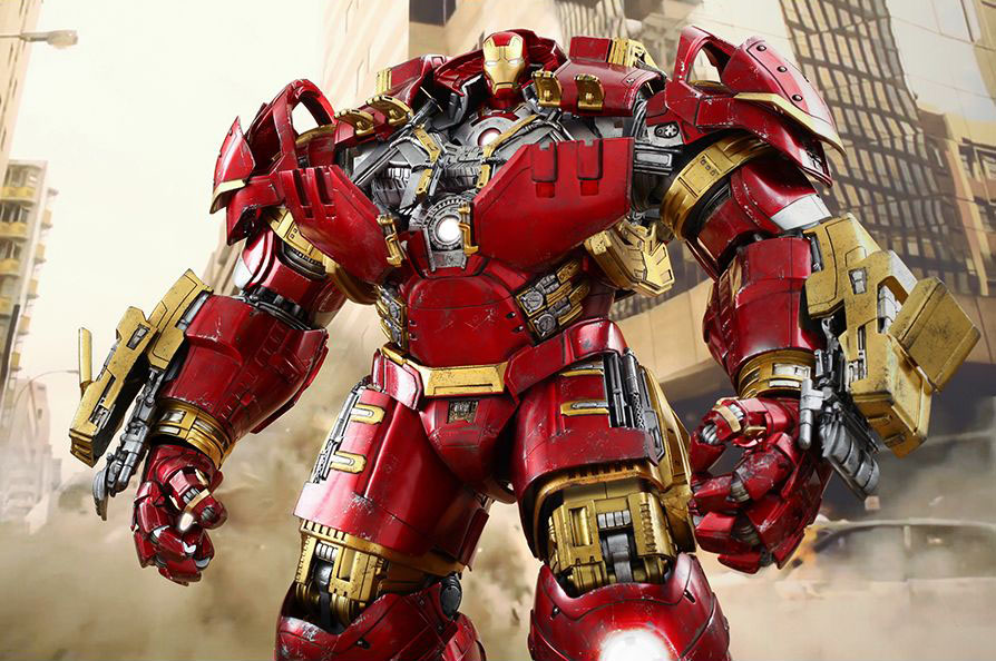 Hulkbuster figure by Hot Toys