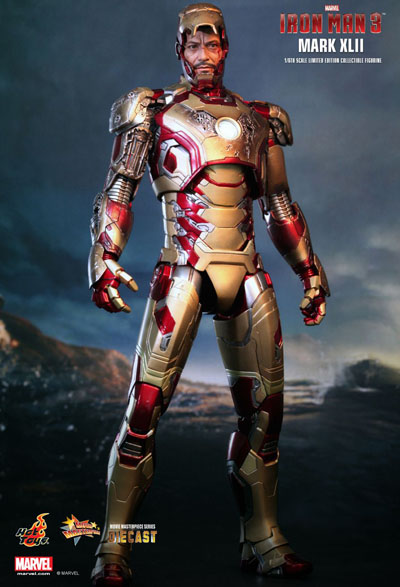 Hot Toys Tony Stark as Iron Man Mark XLII