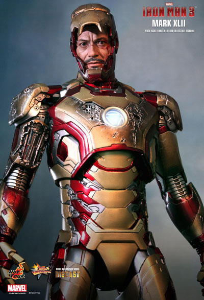 Iron Man Hot Toys Mark XLII