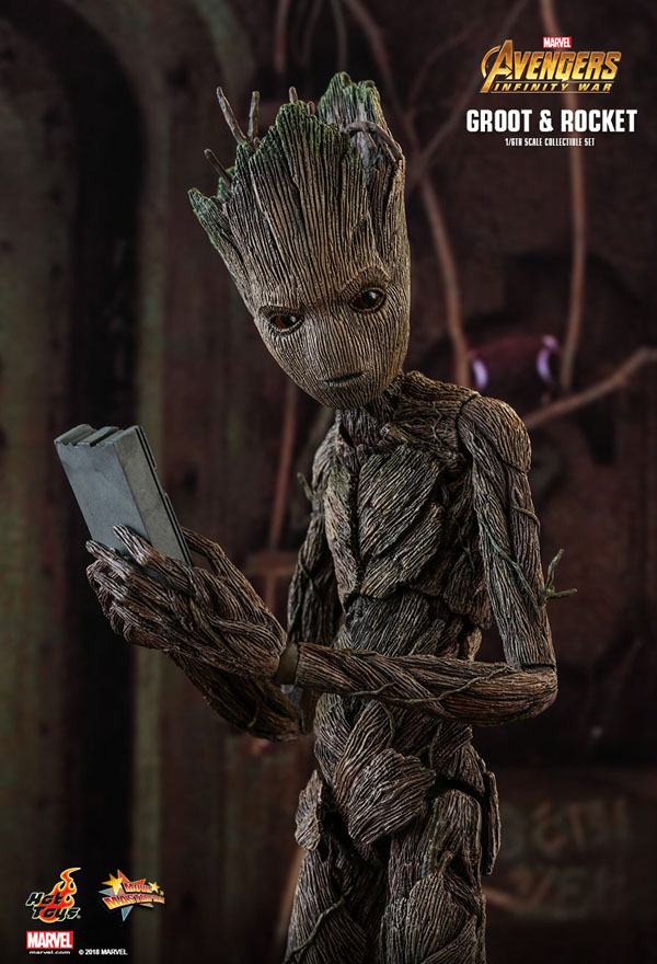 1/6 Scale Groot Figure from Avengers: Infinity War