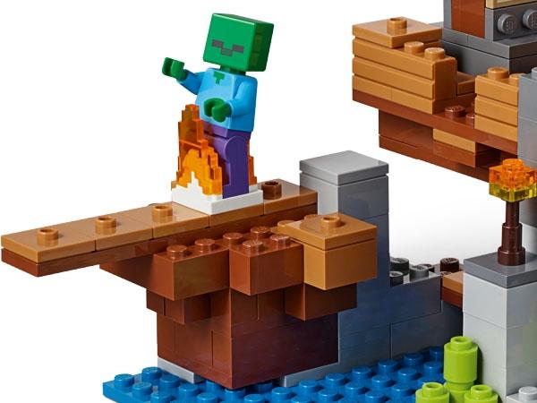 LEGO Minecraft Zombie Minifigure Walking the gangplank