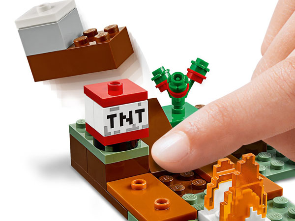 Interactive Minecraft LEGO TNT block feature