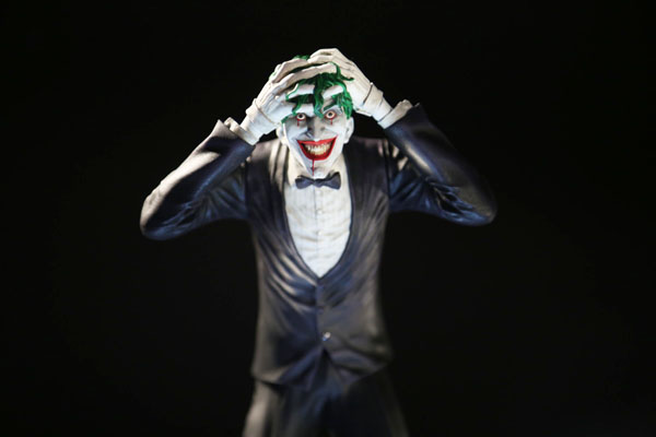 Joker Statue based on Killing Joke illustrator Brian Bolland Artwork
