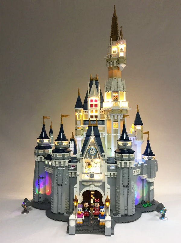 71040 LEGO Disney Castle Illumination