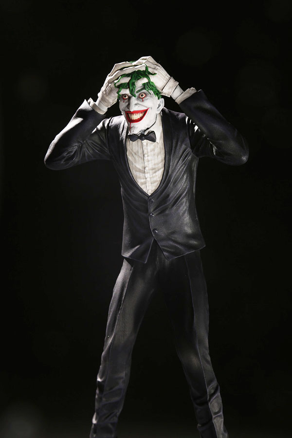 The Joker Clown Prince of Crime Joker by Brian Bolland Statue