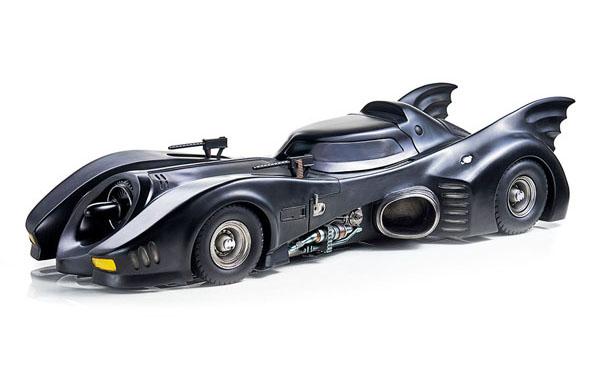 Batman (1989) Batmobile Statue by Iron Studios