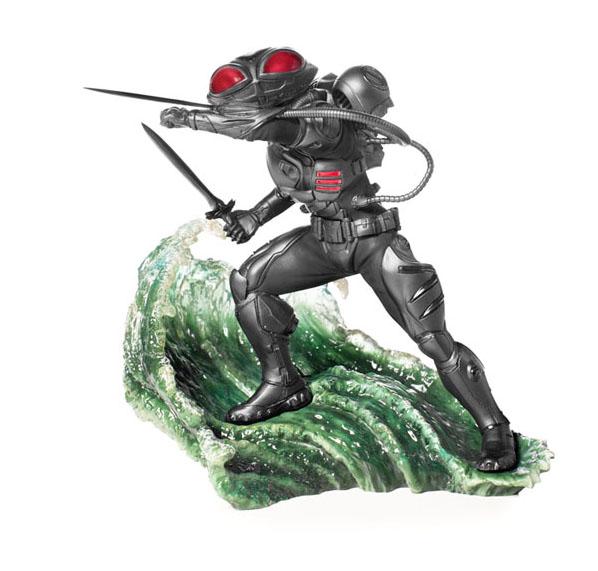 Black Manta Aquaman Statue by Iron Studios