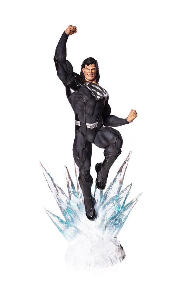 Superman Black Suit Iron Studios DC Comics Statues