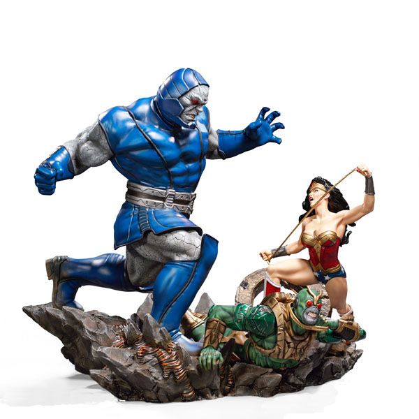 Best Iron Studios DC Comics Statues - Woman Vs Darkseid