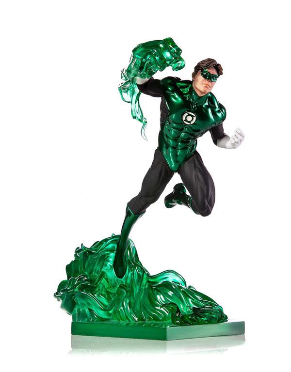 Green Lantern Statue by Iron Studios