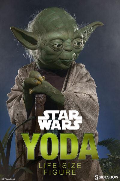 Sideshow Yoda Life-Size statue