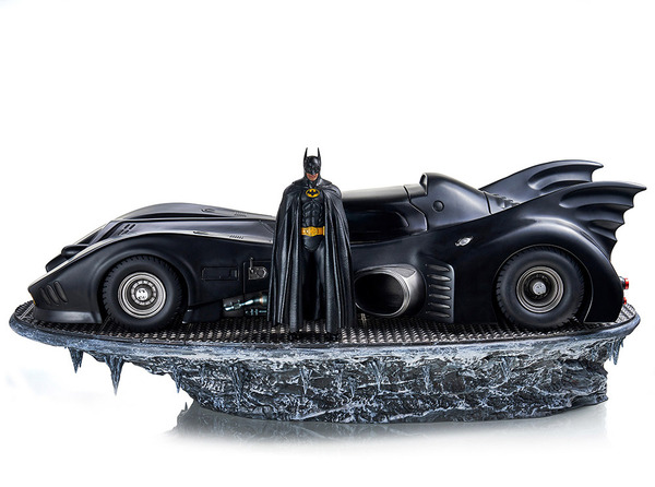 Batman (1989) Batman & Batmobile 1:10 Scale Statue by Iron Studios