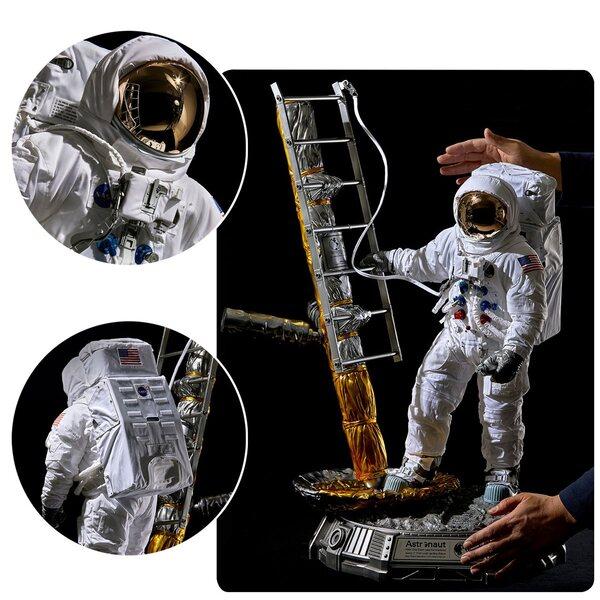 Apollo 11 Astronaut 1:4 Scale Statue by Blitzway